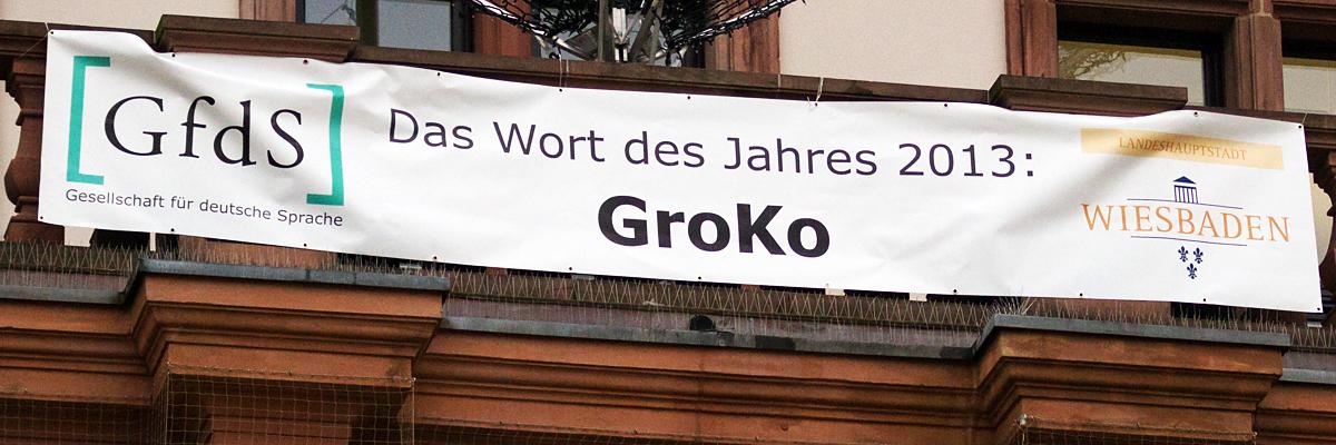 Plakat zum Wort des Jahres 2013 am Wiesbadener Rathaus