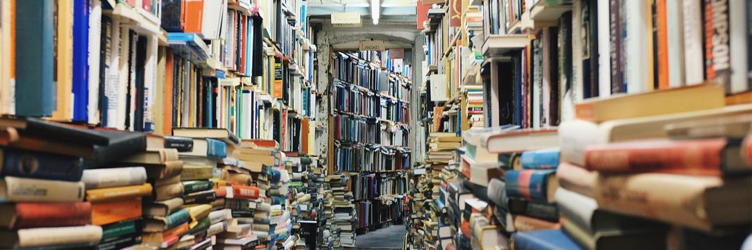 15-09-24 - books-768426_1280 - pixabay_Startseite